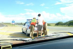 Traffic officers caught after R60 bribe from traffic offender!