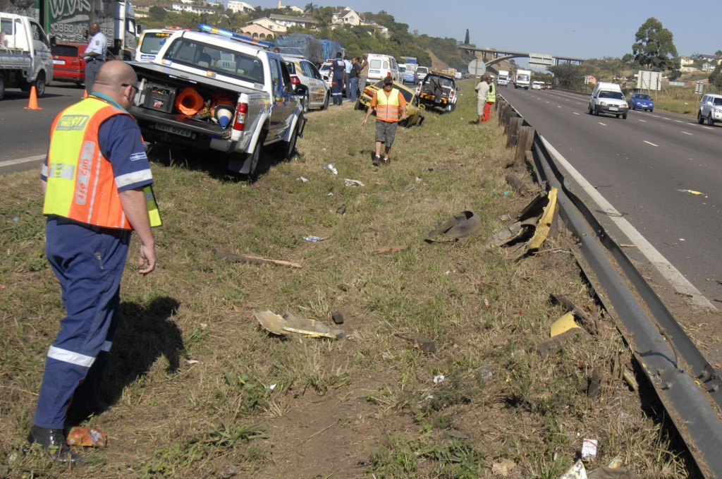 Barriers save lives in N2 accident