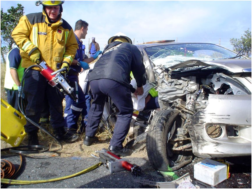 3 Cars collide on the R61