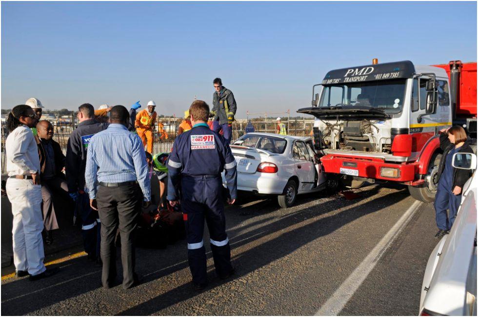Accident on Olifantsfontein road