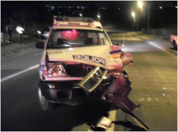 Police vehicle in accident near University in Durban