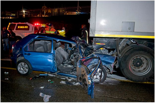 Driver survives late night accident on M1
