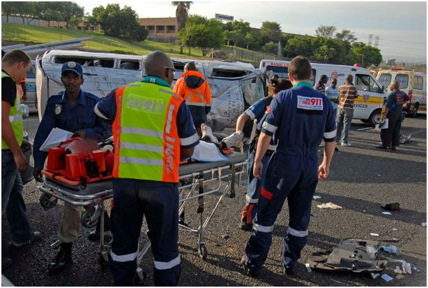 20 injured in taxi accident on N1