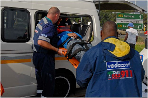 17 people injured in accident at Modderfontein intersection