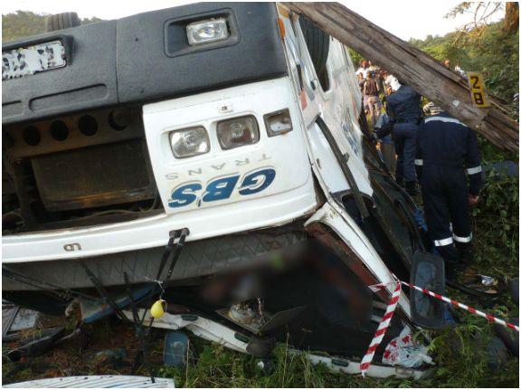 bus-carnage-3