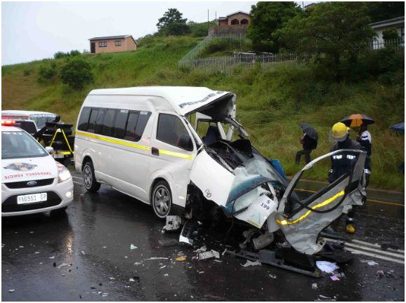 Seventeen injured in south Durban smashes