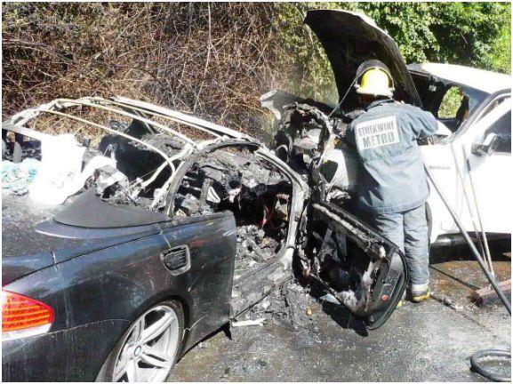 Ten injured in Watson Highway smash