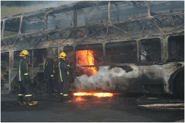 Photos of Roadlink Bus that burnt out next to N3