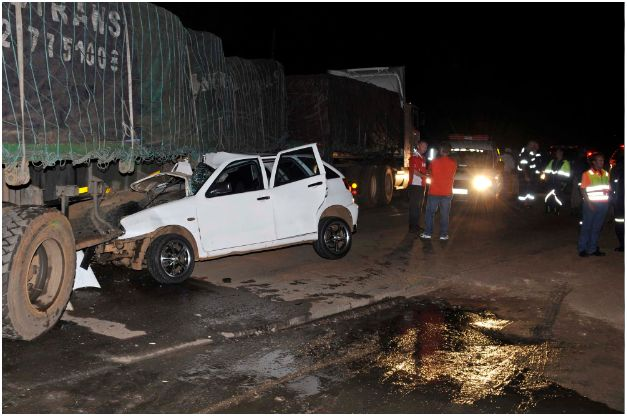 Driver lucky to survive side-impact accident on R25