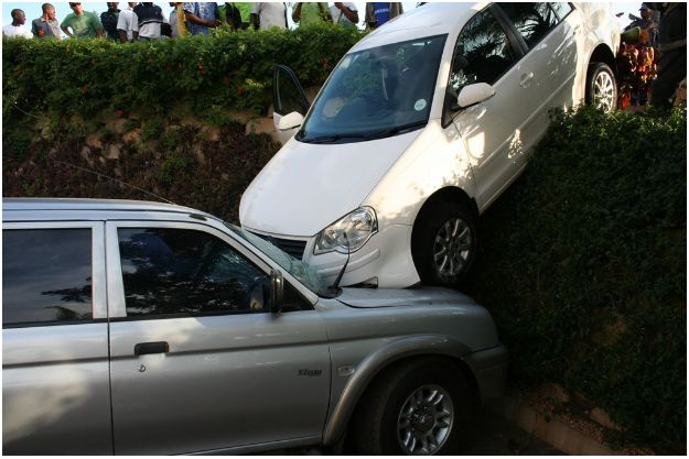 Car crashes into bakkie in parking lot next to McDonald's