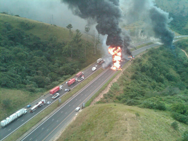 Discovery Medicopter photos of exploded petrol tanker accident on N3