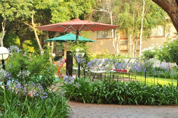 Protea Hotel Balalaika partners in beautification project for Sandton Central