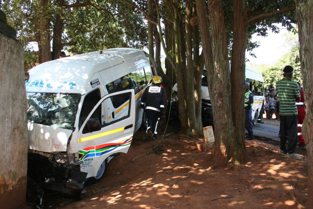 12 Commuters Injured In Crash outside Waterfall