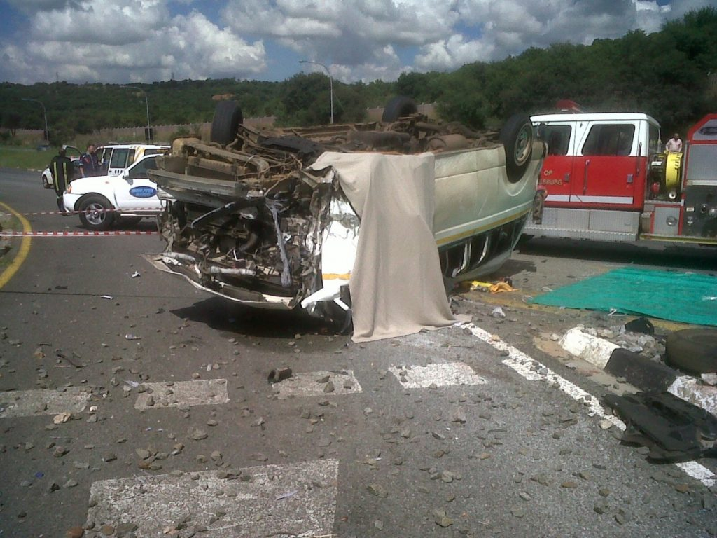 JHB South Accident Leaves 2 Deceased as taxi rolls