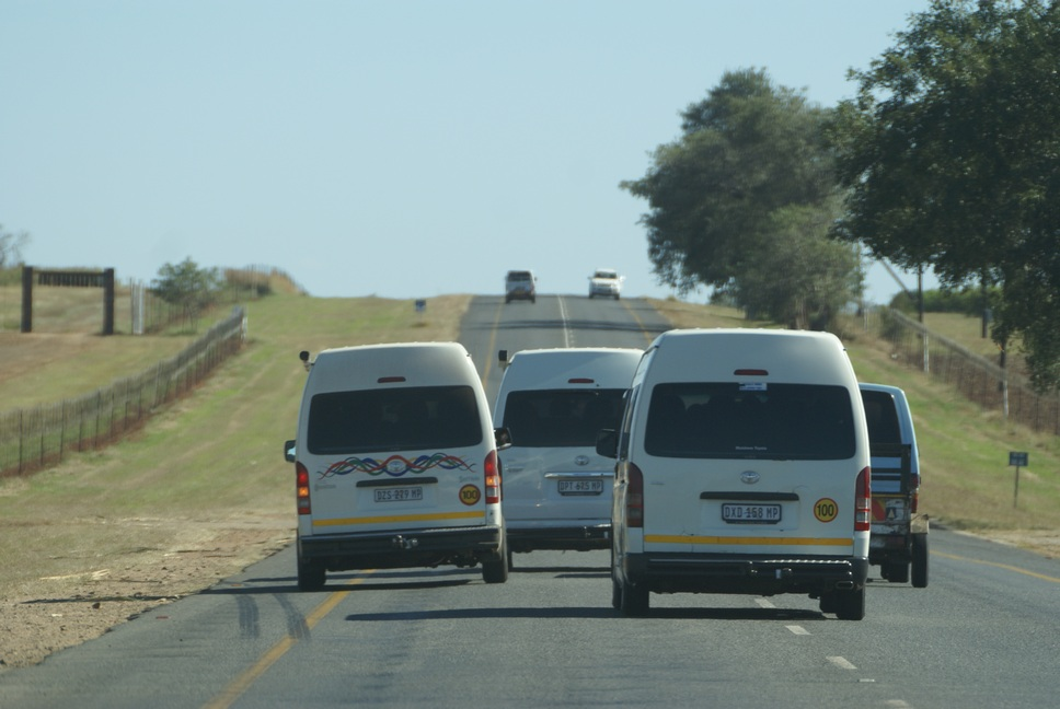 Reckless taxi driving on South African roads caught on camera