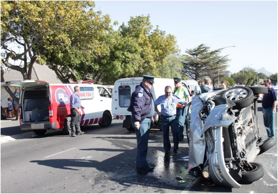 Vehicle collide Head-on in Frans Conradie