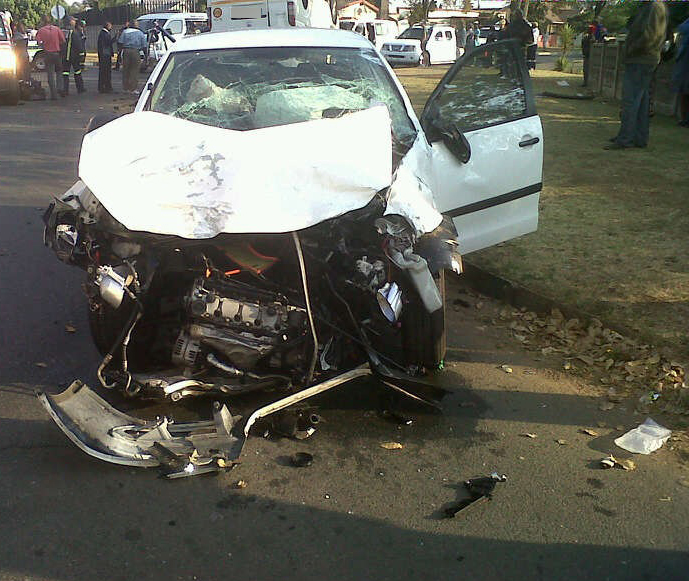 9 Injured in Taxi Collision in Witpoortjie