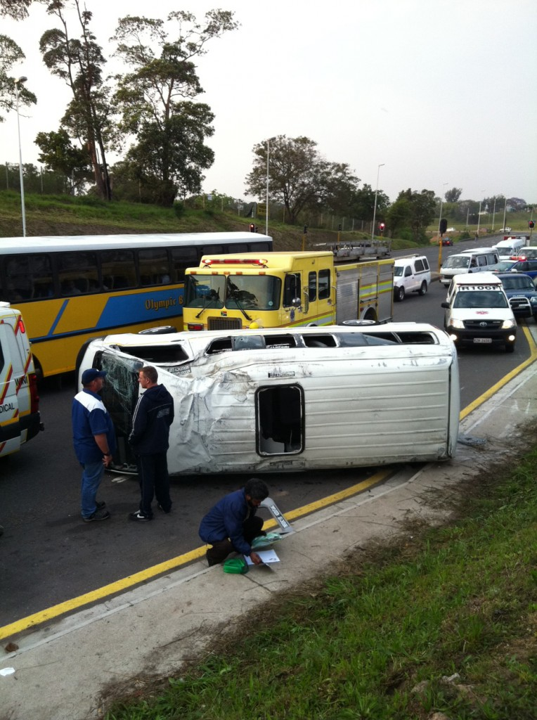 11 injured in taxi accident on Richmond road