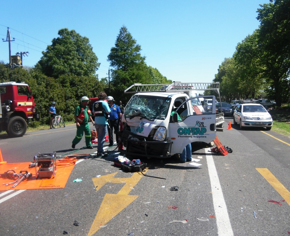 Man airlifted from Franschhoek after head-on collision