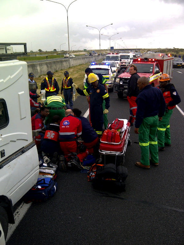 Medicopter transports pedestrian to hospital from N2 Khayelitsha