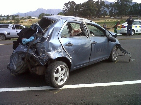 1 Motorcyclist dies, after 2 bikes collide with 1 car on the N1