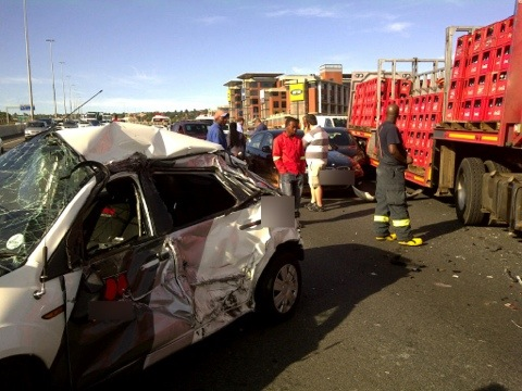 Multi vehicle pile up in Roodepoort