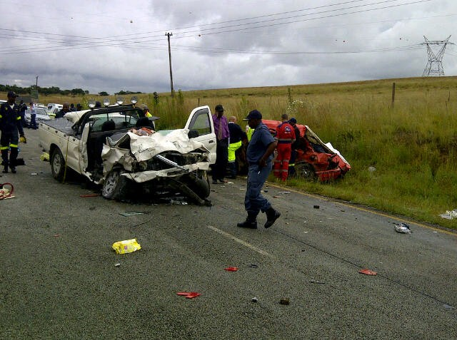 N12 accident leaves five dead