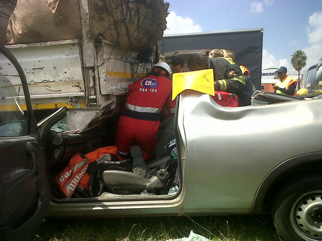 Bakkie crashes into back of truck near Samrand exit