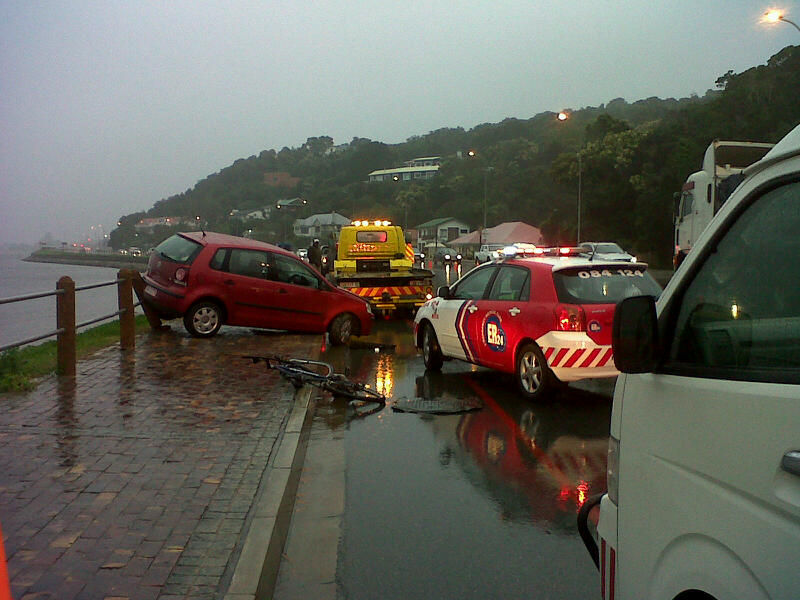 Cyclist dies on the N2 Knysna following collision