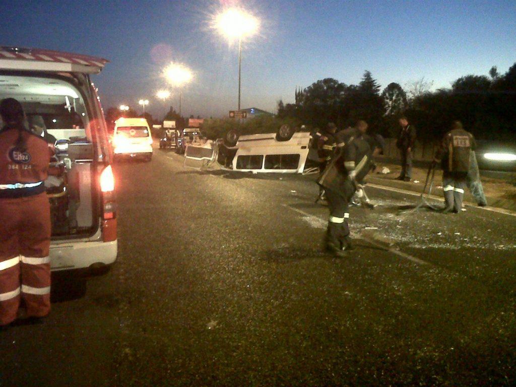 Nine people injured in Randburg taxi accident