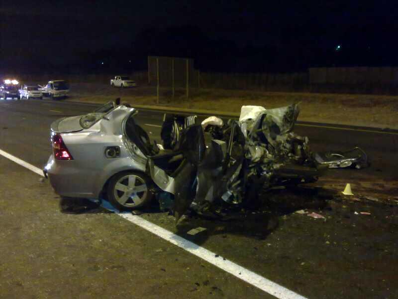 Four die in horrific R21 crash [Photos]
