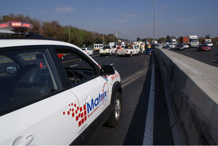 Truck collides on N12 causing bakkie to overturn and lose its cargo