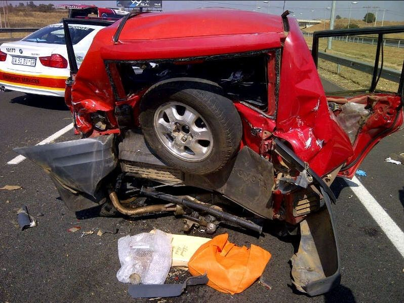Two airlifted from R21, and fatal pedestrian crash