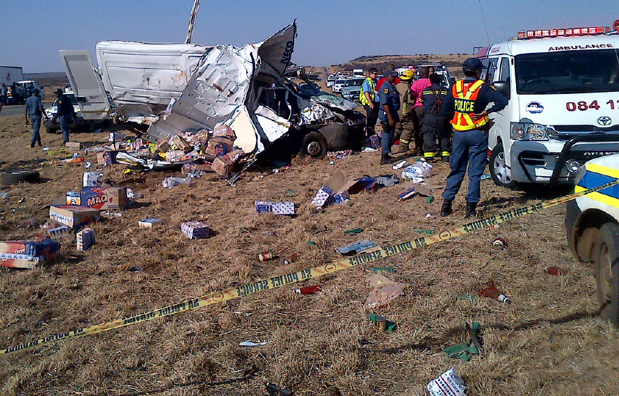 Delivery vehicle rolls on the N12 in the direction of Klerksdorp