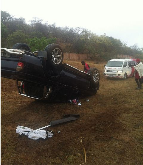 Family escape injury after Bakkie overturns in Nelspruit