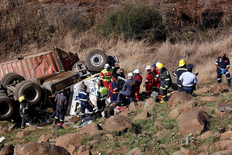 Four Hour Rescue Operation To Free Truck Driver on the N3 Pietermaritzburg bound