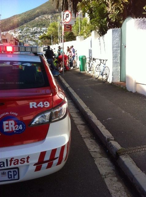 Cyclist collides head first with a brick wall while cycling in Camps Bay