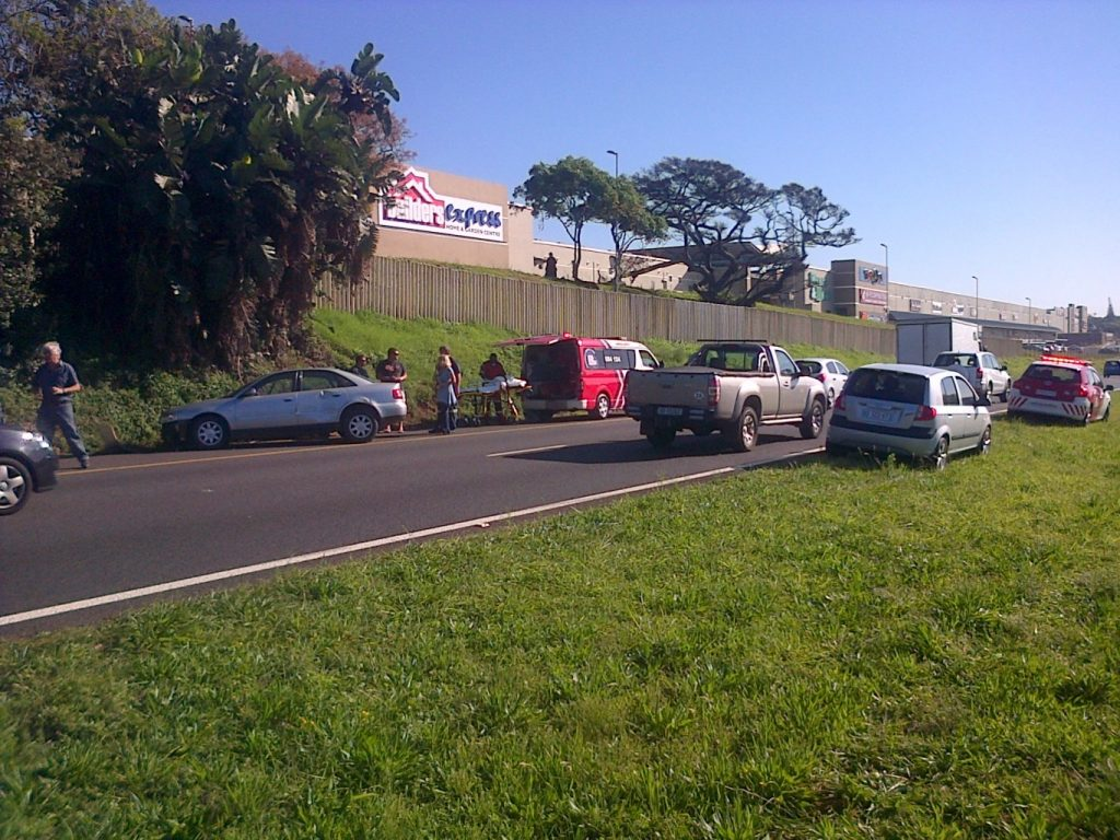 Driver Crashes Into Embankment On The N2