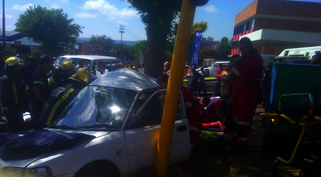 Taxi and two cars collide in Linden