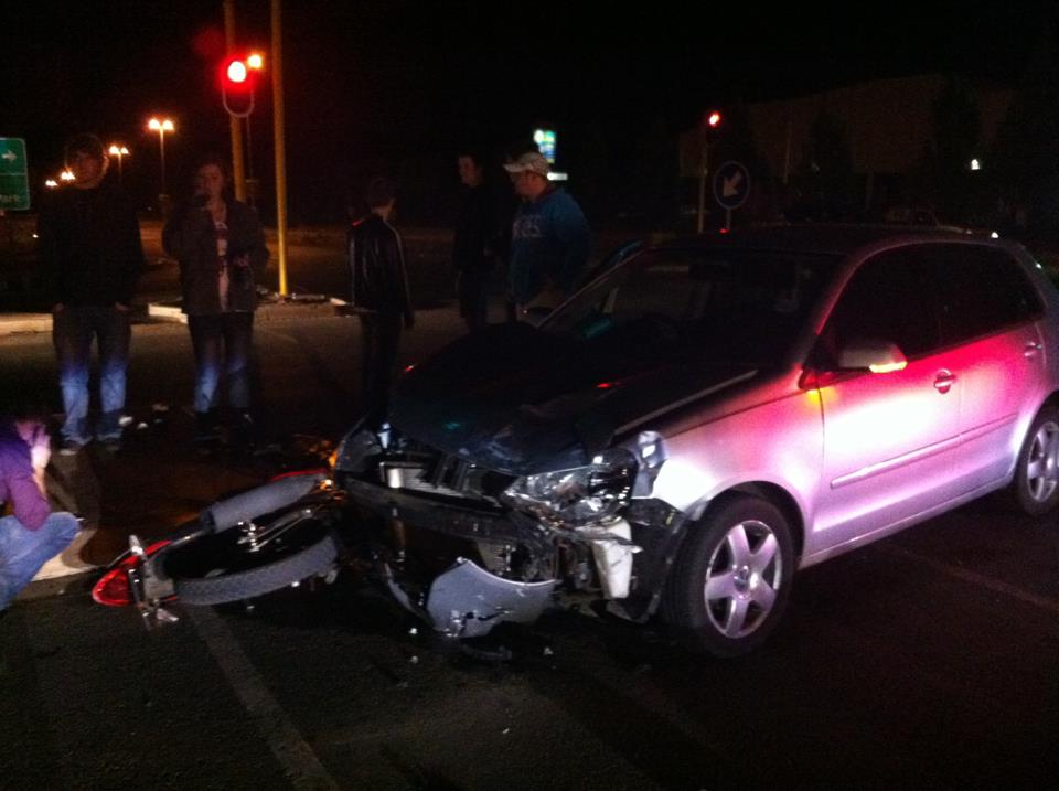 Biker seriously injured in crash at Nelson Mandela Drive and Du Plessis Avenue intersection in Bloemfontein