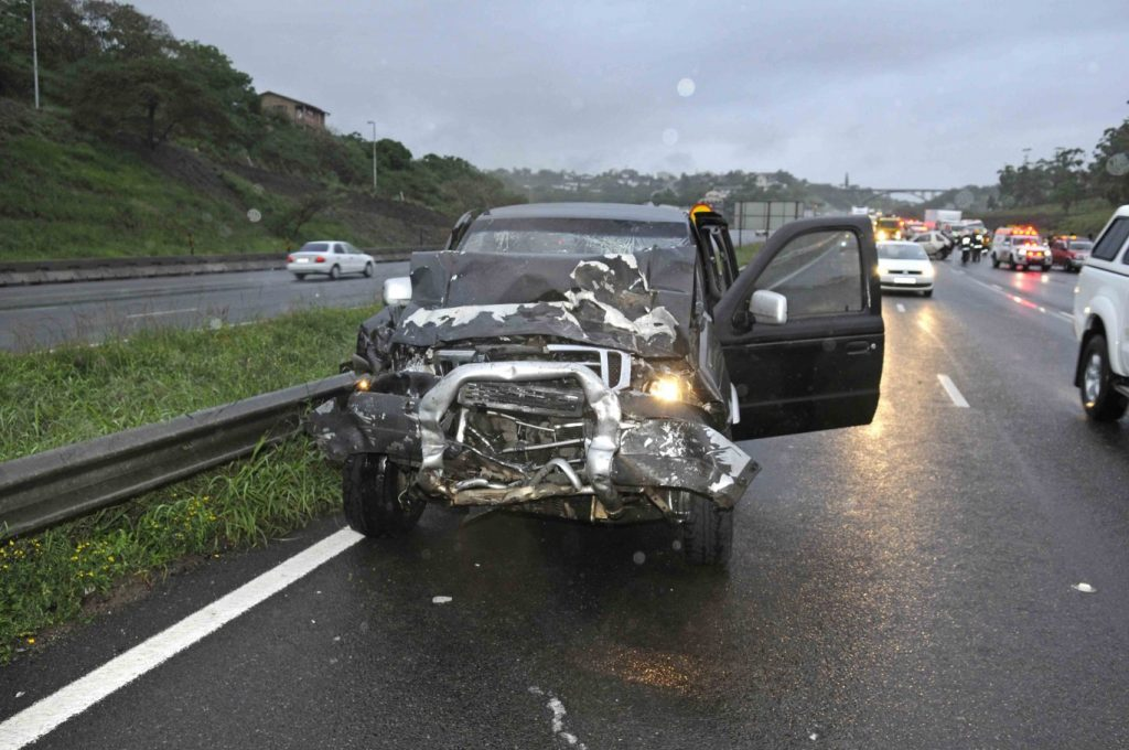 Emergency workers injured at accident scene on the N2 North near the Umgeni Road off-ramp
