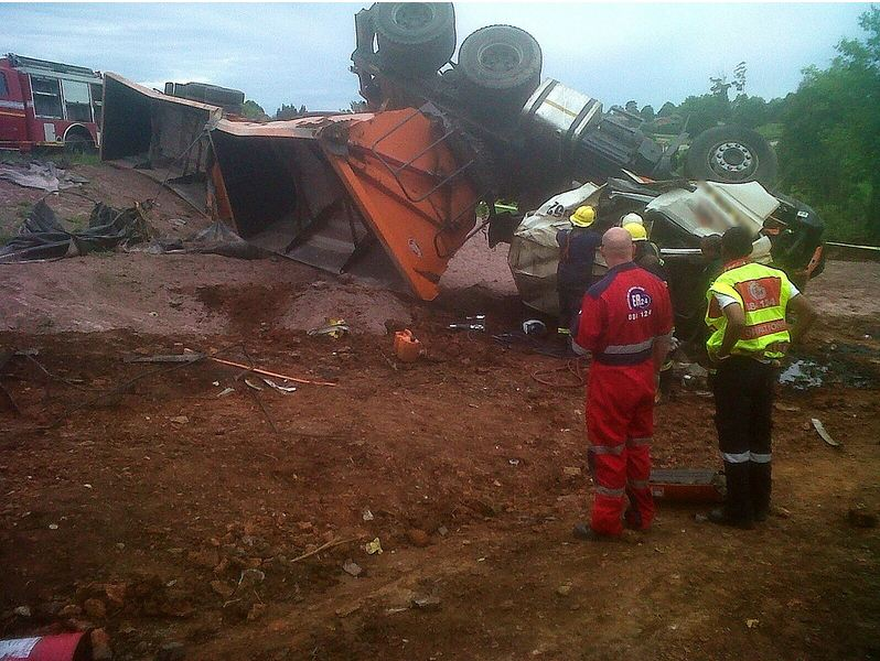 Driver dies in N3 truck accident