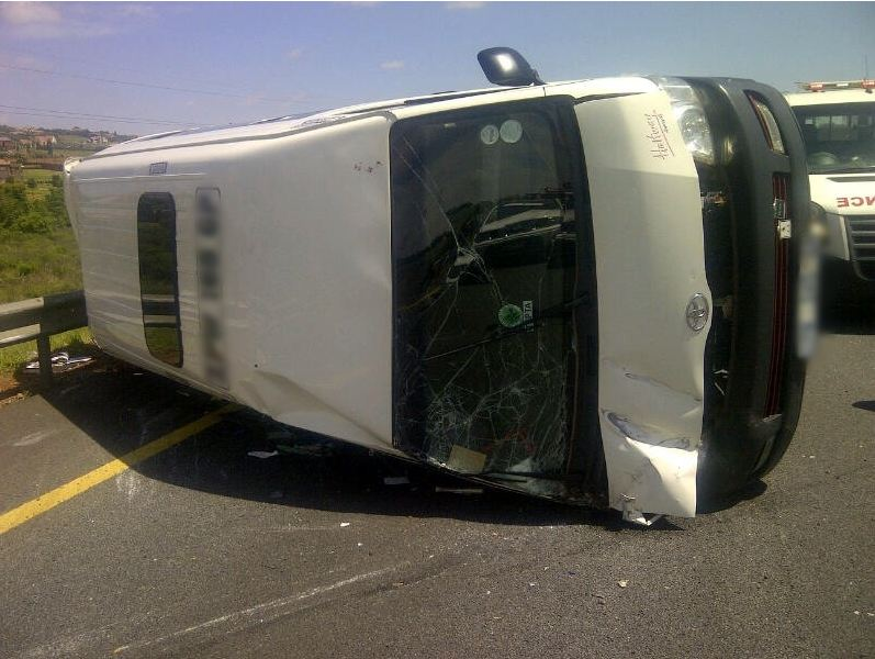 Taxi accident on the R21 leaves 15 injured
