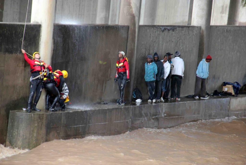 Dramatic rescue at Umbilo river captured on camera