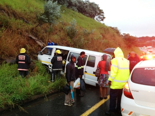 Taxi accident leaves ten injured on N3