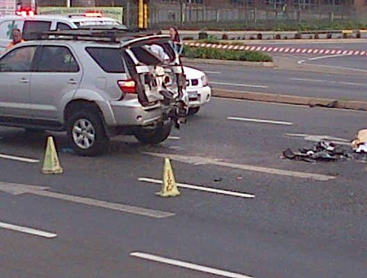 Roodepoort accident leaves two injured and one dead