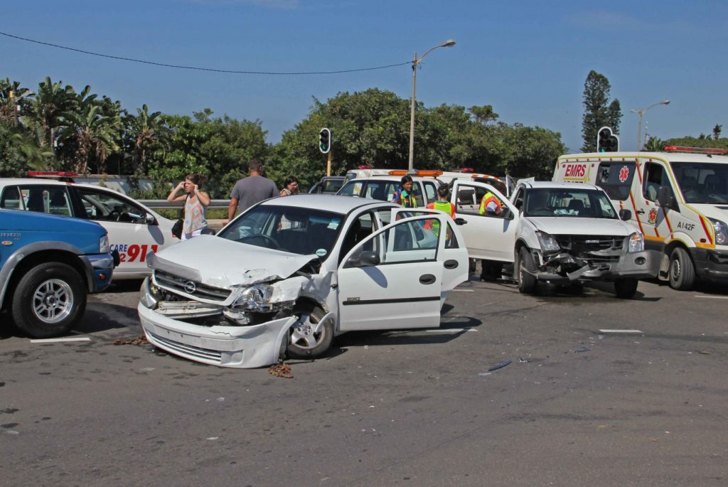Four people injured in Amanzimtoti collision