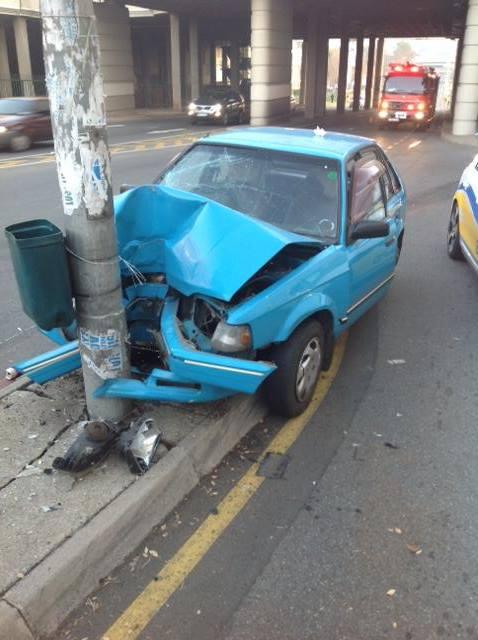 Driver Crashes Into Light Pole In Benoni CBD