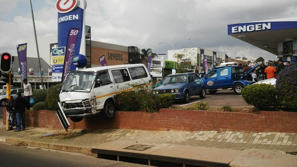 Photos after minibus taxi narrowly missed fuel pumps at Engen, Cresta on Beyers Naude