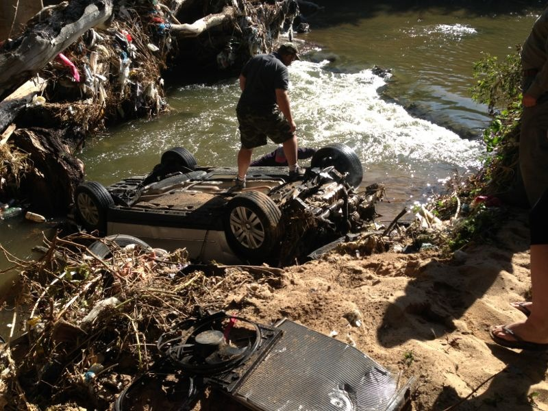 Lucky escape for driver after crashes in Jukskei river